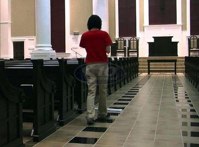 Limpeza terceirizada em igrejas - Foto: 1