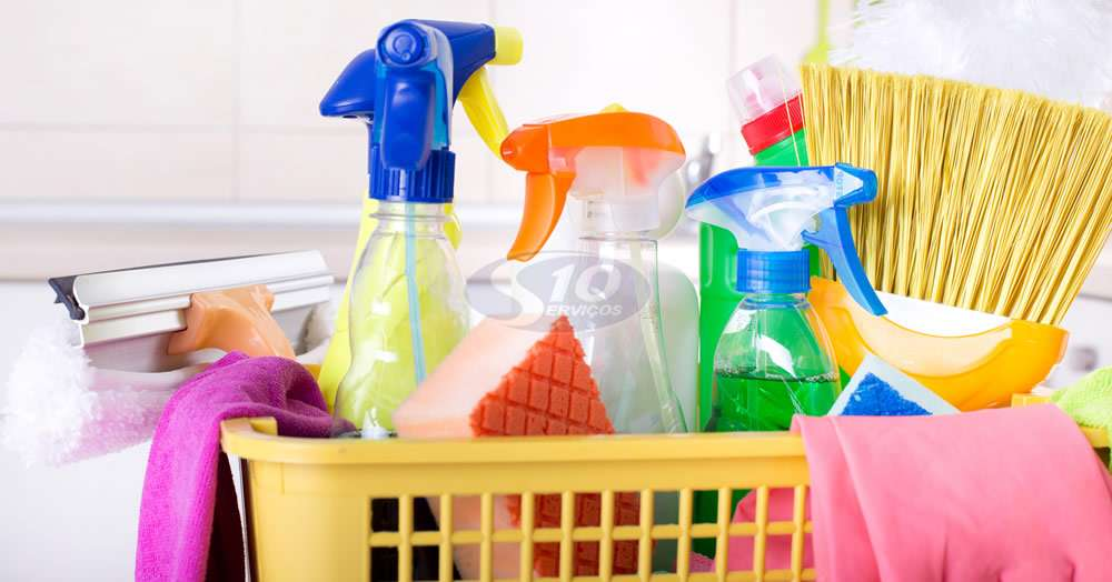 Serviço de limpeza em centros comerciais na cidade de Ribeirão Pires/SP