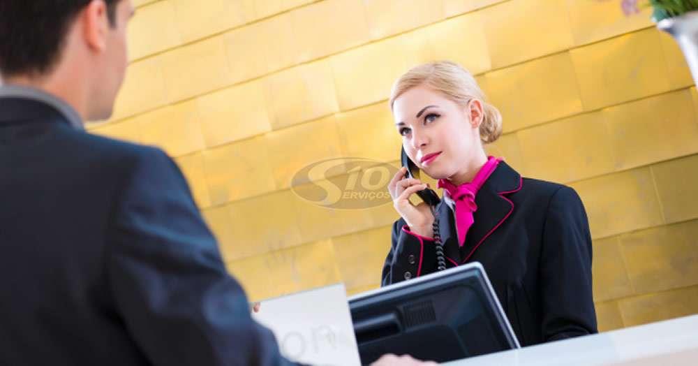 Serviço de recepção em centros comerciais na cidade de Suzano/SP