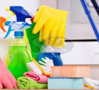 Foto: Serviço de limpeza em clínicas na cidade de Barueri/SP