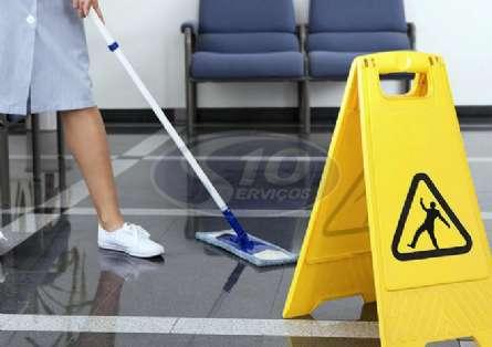 Limpeza terceirizada em indústrias - Foto: 2